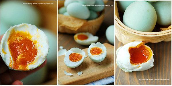 翻沙流油咸鸭蛋的做法